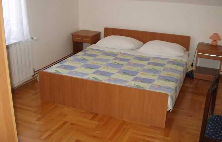 Sobe Krizmanic - Room - 2