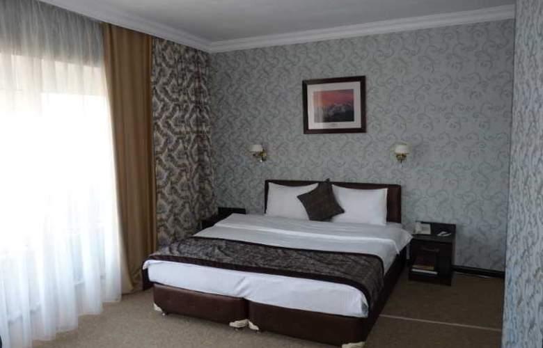 Premier Alatau - Room - 10