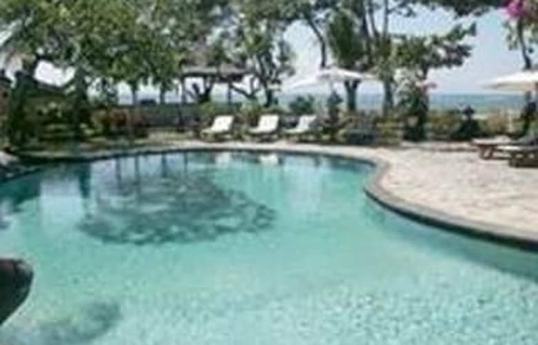 Bali Royal Suites - Pool - 10
