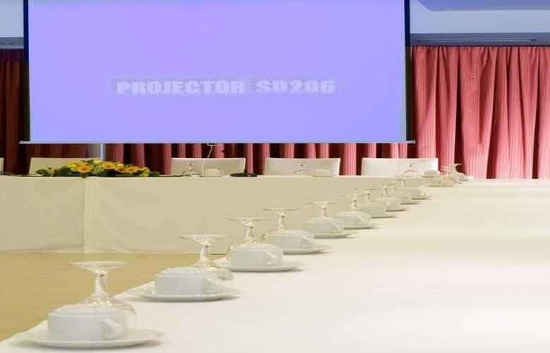Ariti Grand Hotel - Conference - 4
