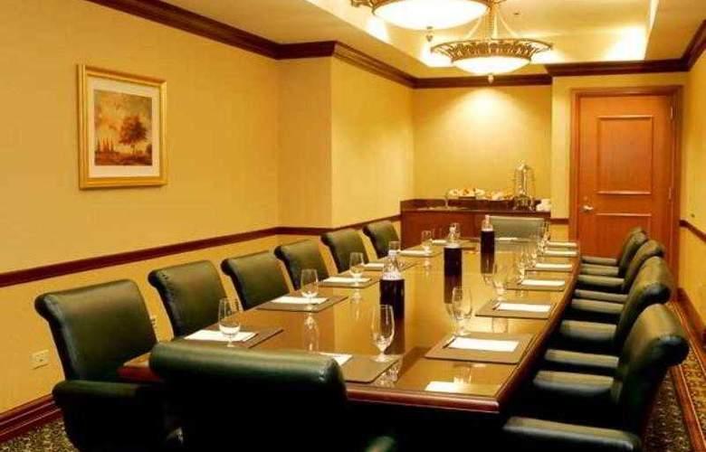 Chicago Marriott Southwest at Burr Ridge - Hotel - 2