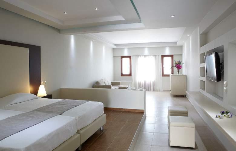 Splendour Resort - Room - 5