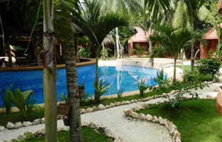 Panglao Chocolate Hills Resort - Pool - 14