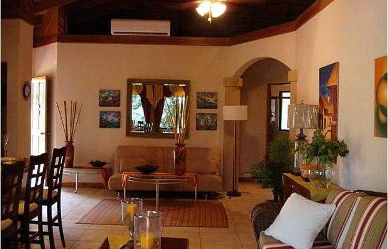 Villas Hermosa Heights - Hotel - 3