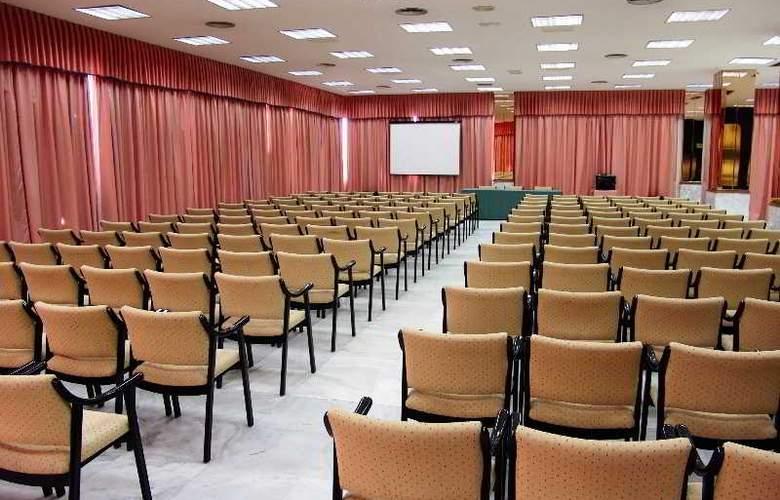 Cavanna - Conference - 58