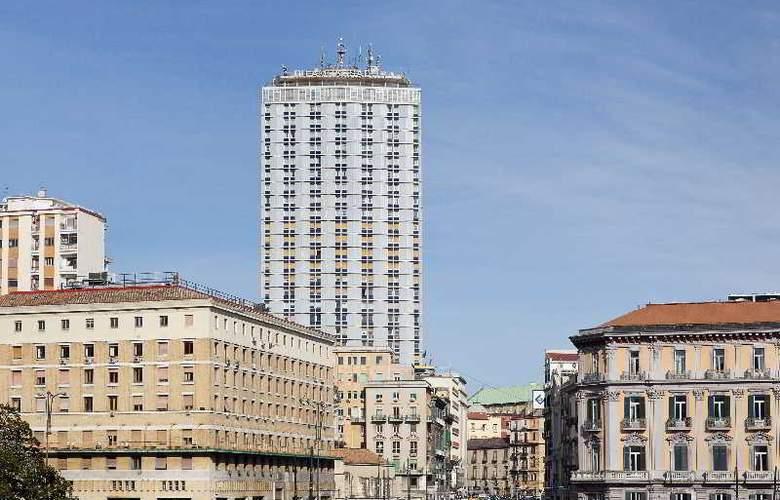 NH Napoli Panorama - Hotel - 9