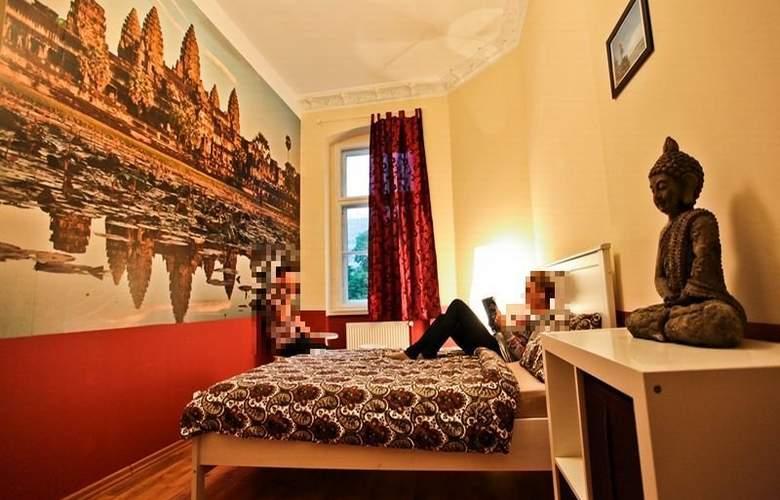 Poco Loco Hostel - Room - 1