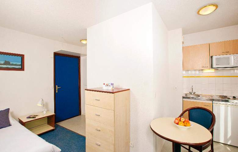 Appart'City Lannion - Room - 10