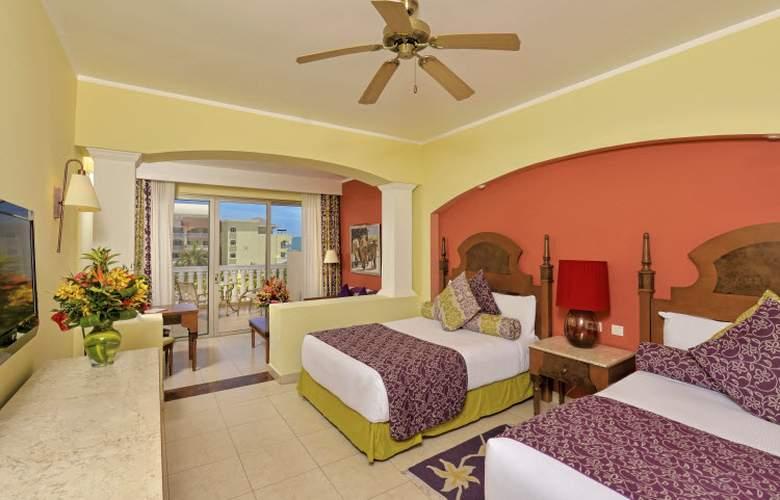 Iberostar Selection Rose Hall Suites - Room - 11