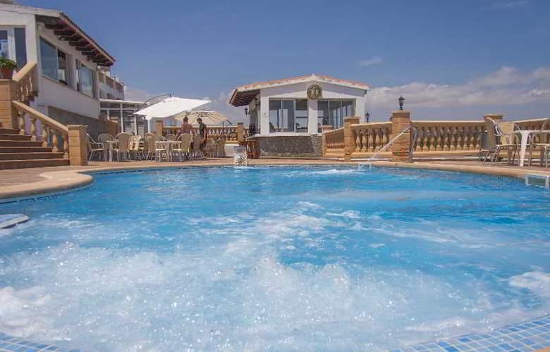 Valparaiso - Pool - 8