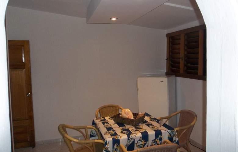 Casa Isabel Varadero - Room - 9
