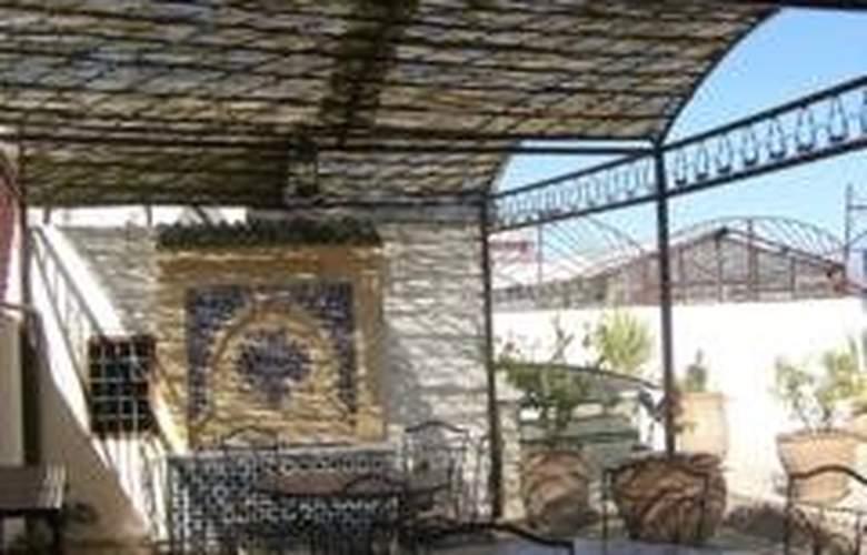 Riad Damia - Terrace - 10