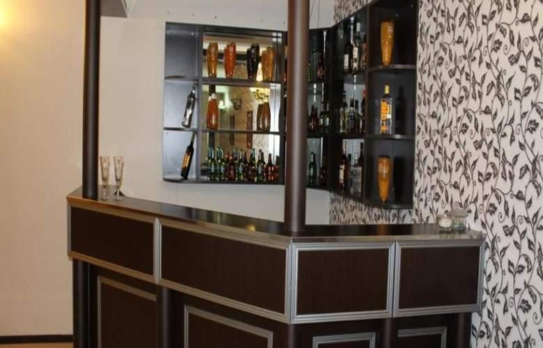 Avand Hotel Baku - Bar - 24