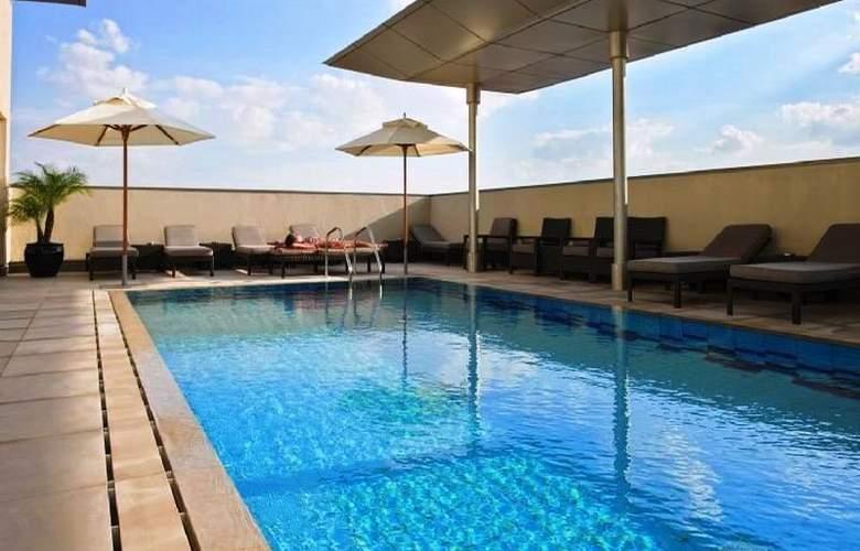 Centro Al Manhal - Pool - 5