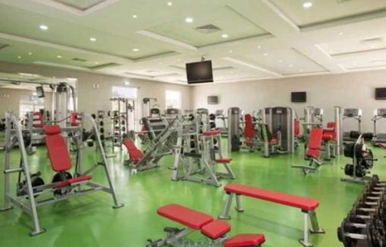 Holiday Inn Izdihar - Sport - 7
