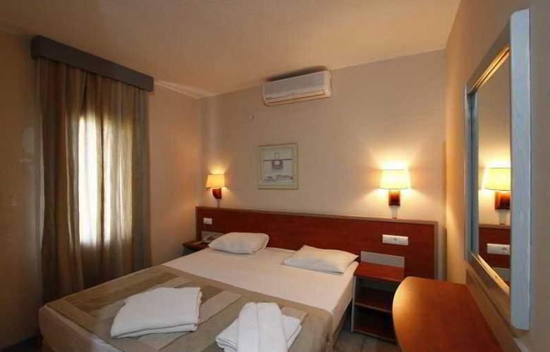 Greenmar Apart - Room - 8