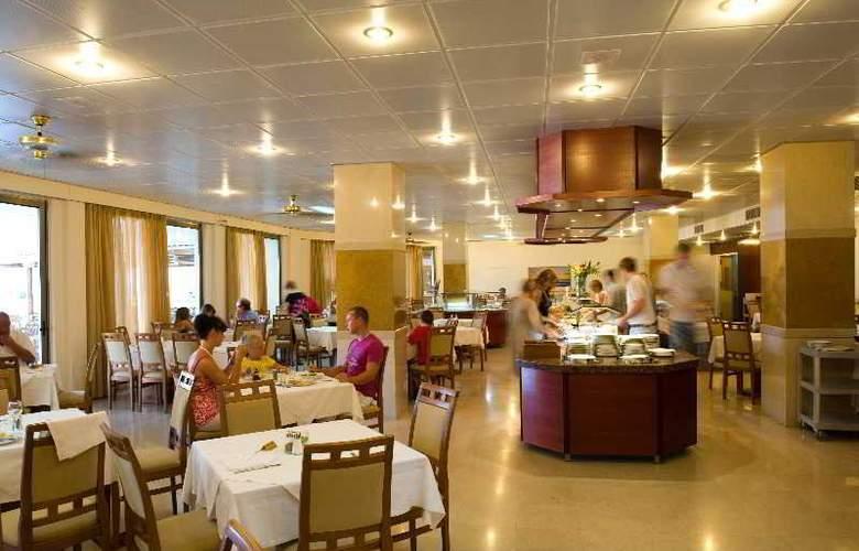 Lutania Beach - Restaurant - 3