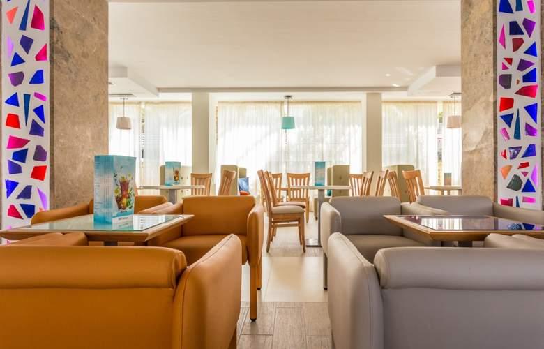 Hotel & Spa Ferrer Janeiro - Bar - 4