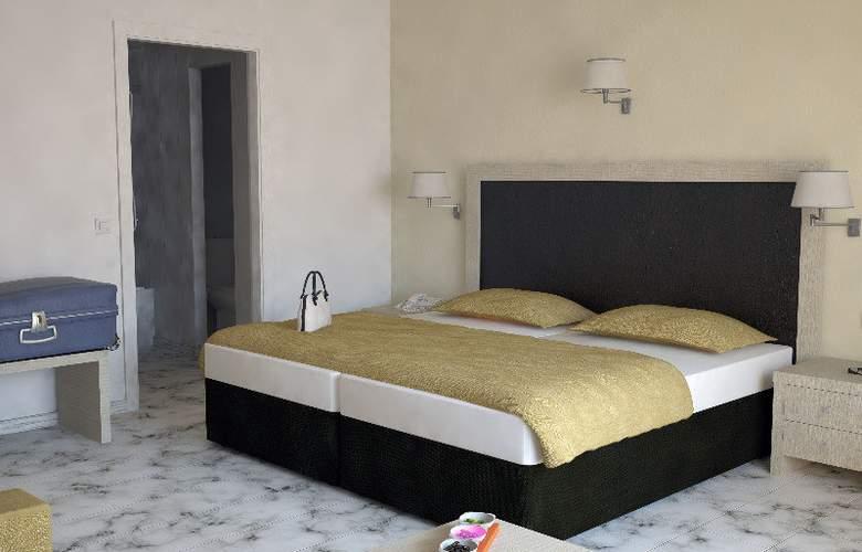 Roc Costa Park - Room - 10