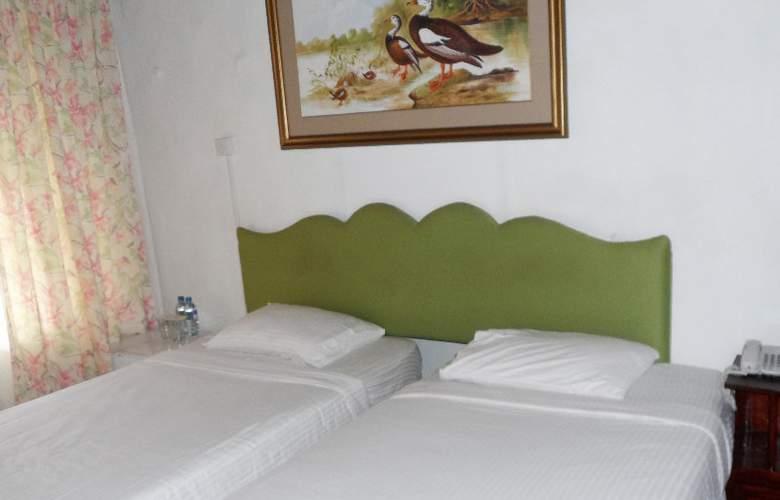 Tea Bush Hotel - Room - 16