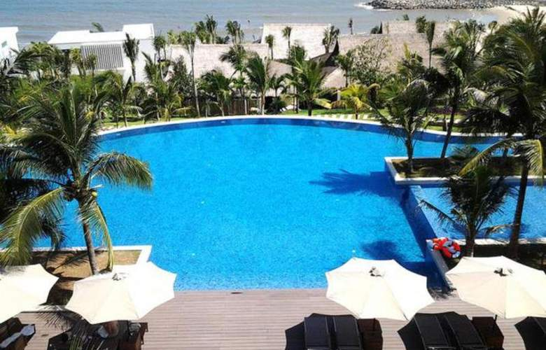 The Cliff Resort & Residences - Pool - 15