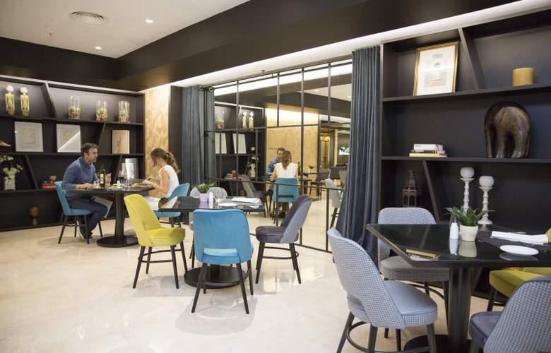 Intur Castellon - Restaurant - 21