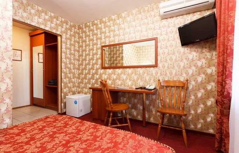 Eurasia - Room - 3