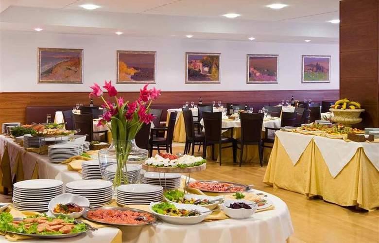 Four Points By Sheraton Siena - Restaurant - 4