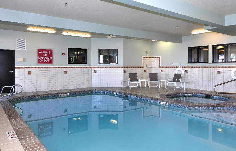 Four Points By Sheraton Portland East - Pool - 3