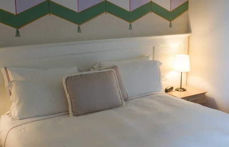 Saturnia Tuscany - Room - 11