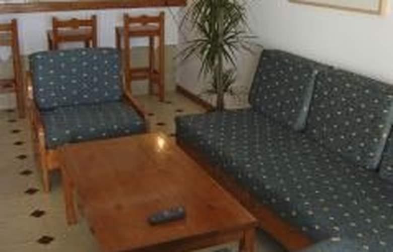 Los Pueblos - Room - 2