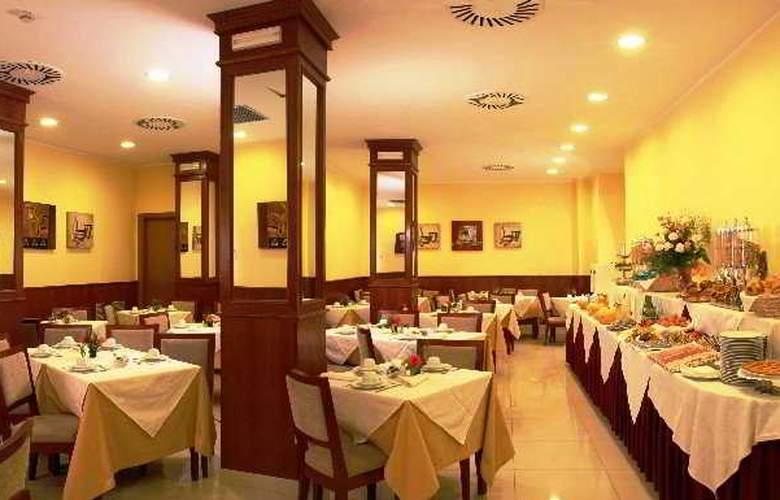 Augusta Lucilla Palace - Restaurant - 8
