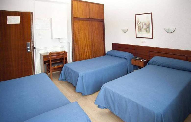 Roca - Room - 9