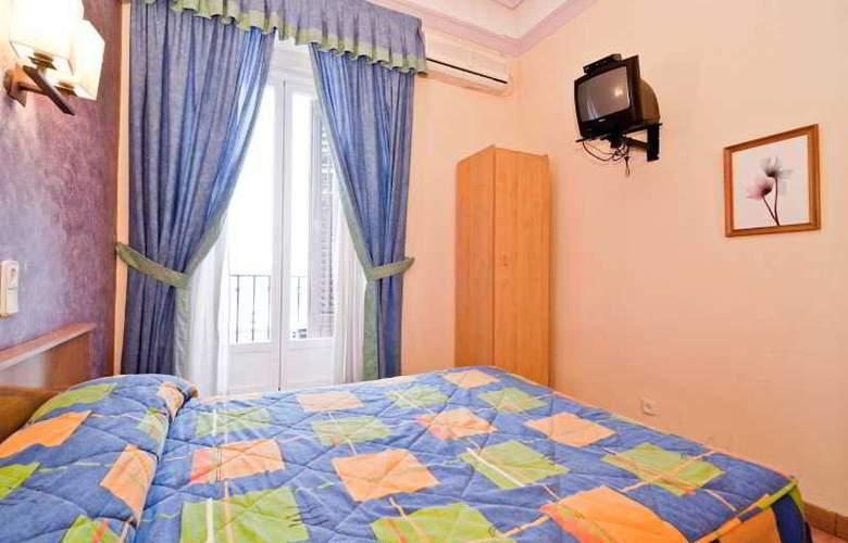 Oporto - Room - 21