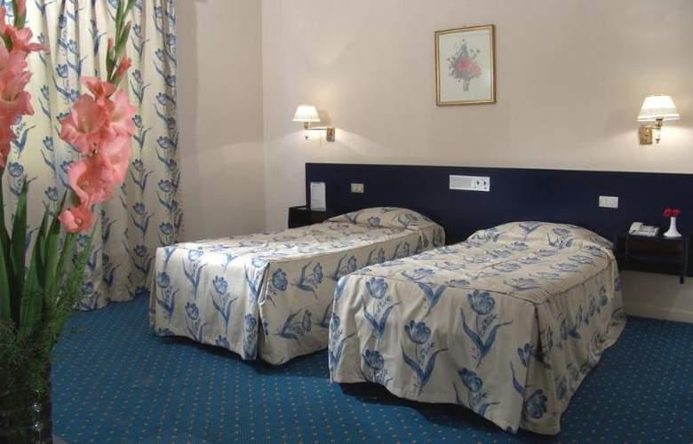 Concorde - Room - 1