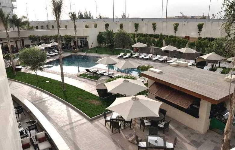 Le Meridien Cairo Airport - Pool - 3
