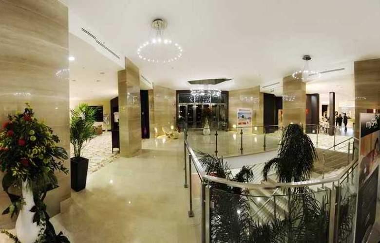 Hilton Garden Inn Lecce - Hotel - 0