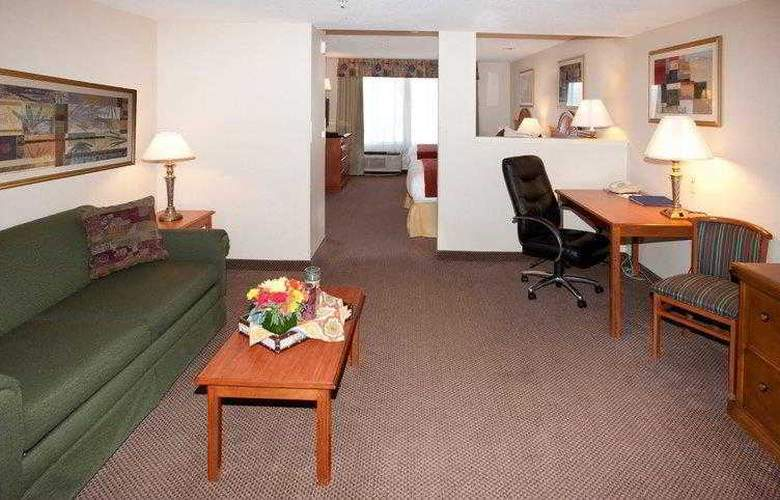 Best Western Plus Twin View Inn & Suites - Hotel - 0