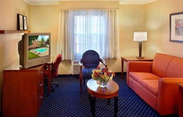 Courtyard Boston Woburn/Burlington - Hotel - 1