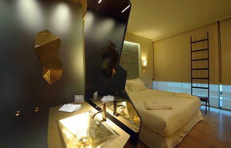 New - Room - 2