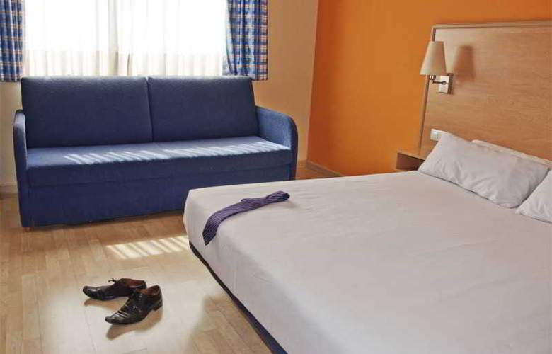 Travelodge Torrelaguna - Room - 11