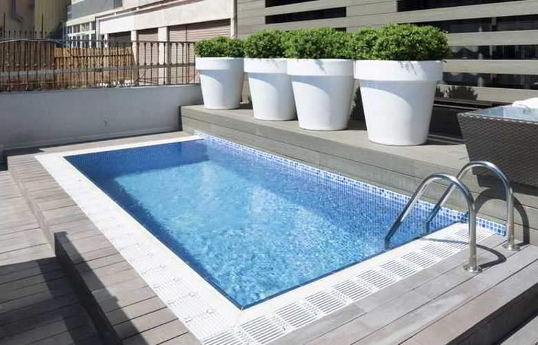 Catalonia Gran Via BCN - Pool - 10