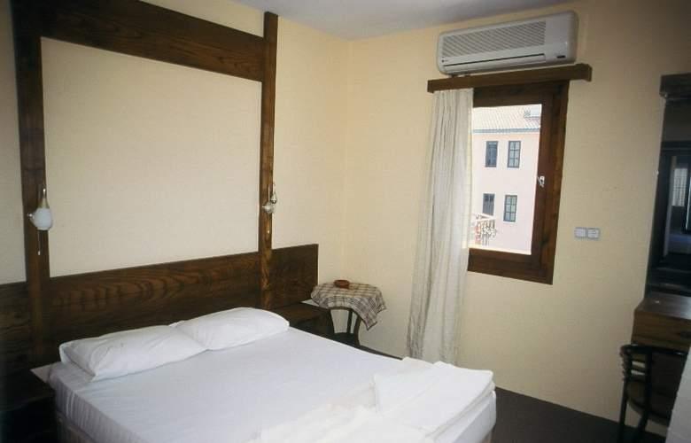 Area - Room - 6