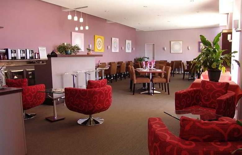 Mandarina Hotel - Restaurant - 1
