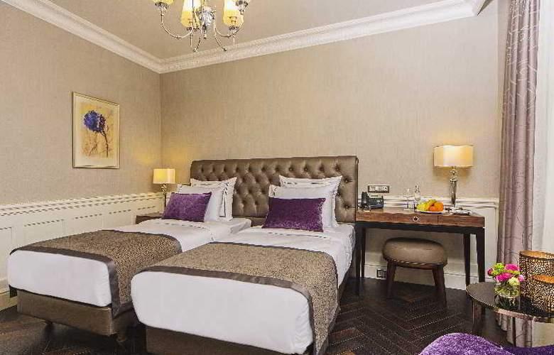 Meroddi Bagdatliyan Hotel - Room - 11