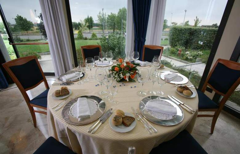 Best Western Park Piacenza - Restaurant - 4