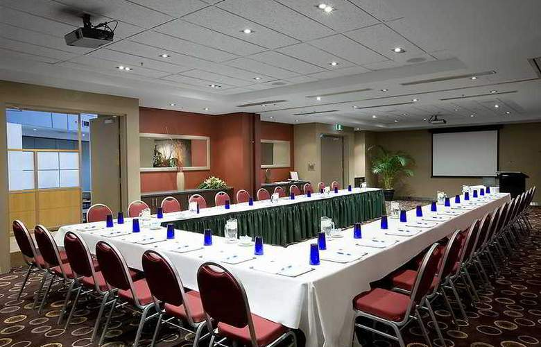 Crowne Plaza Canberra - Conference - 4