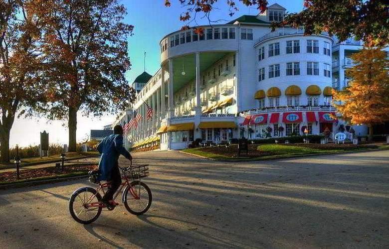 Grand - Hotel - 11