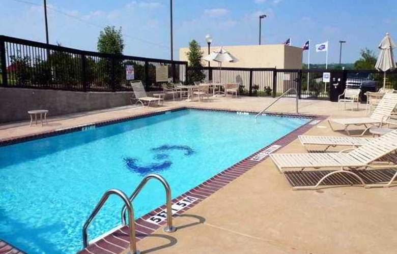 Hampton Inn Dallas-Rockwall - Hotel - 2