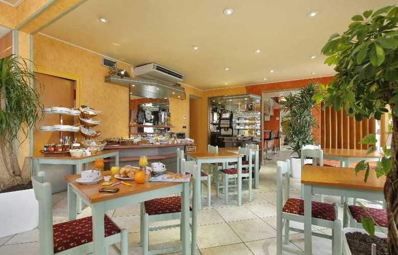 Inter-Hotel Armony - Restaurant - 4
